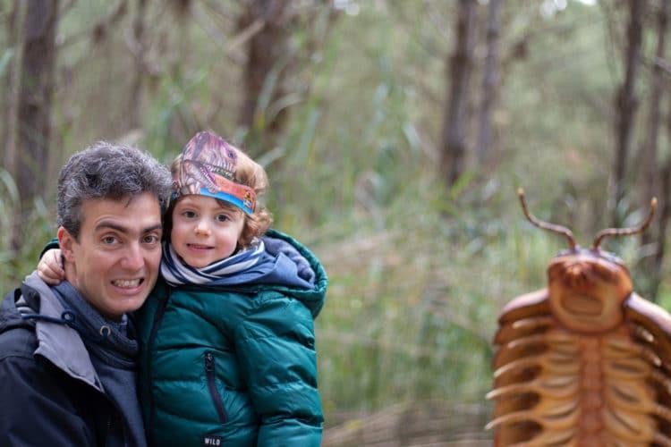 dad and son dino parque lourinha