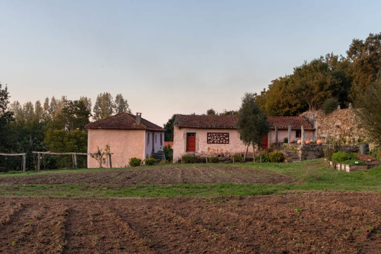 nice rural house in parque biologico de gaia