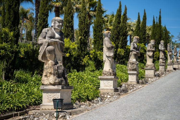 statues Bacalhôa Buddha Eden