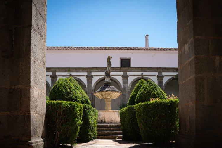 convento de são paulo inside garden